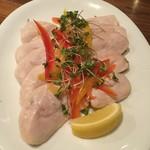 筋肉食堂 - 鶏胸肉の蒸しステーキ塩・レモンのみで味付け200g1000円
