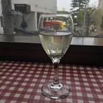 ローマステーション - グラスワイン(540円)