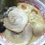 らーめん なじみ - 半熟味玉麺(スープは豚骨)