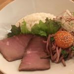 ノンカフェ - ローストビーフ丼