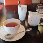 トラットリア イル ペンドーロ - 食後の紅茶