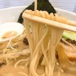 麺屋 奥右衛門 - 塩白湯麺リフト