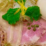 麺LABOひろ - メイン写真: