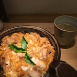 鳥恵 上野広小路店 - 親子丼と鳥スープ