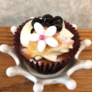 ニューヨークカップケーキ 下北沢店 - ブルーベリーチーズケーキ