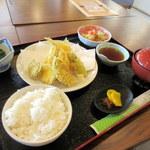 蒸し釜や - 〈本日10食のみ!!〉小浜産きすと野菜の天ぷら定食(1,200円)