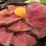 Akamiya COWSI - お肉はペラペラではなく、厚めスライスです。