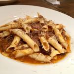 イタリアン アンド ワイン チャコール - 牛テールのガルガネッリ
