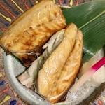 鯛の王様 - 鯖の燻製焼き