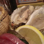 漁師の宴 - 生カキ
