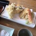 そば切り 温 - 牡蠣ごぼう天600円