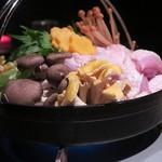 65792623 - 「博多名物 名古屋コーチンのとろろ明太子鍋」