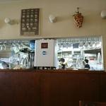 プリマベーラ - 店内から見た調理場