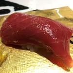 第三春美鮨 - シビマグロ 225kg 腹上二番 赤身 熟成9日 延縄漁 和歌山県那智勝浦
