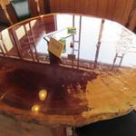束ノ間 - 素敵なテーブルです