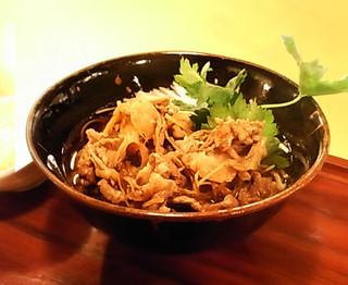 蕎麦・天ぷら 権八 - 肉そば