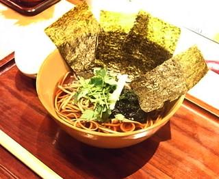蕎麦・天ぷら 権八 - 花巻そば