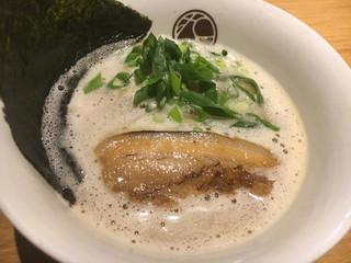 無垢 ツヴァイテ 新横浜ラーメン博物館店