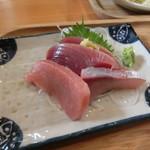 庄司鮮魚店 - 定食に付く刺身