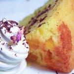 パーズ クズィン - ヨーグルトケーキ(他にも色々あります)