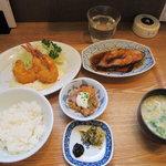 天神 わっぱ定食堂 - 選べるセット890円(おかず2品)