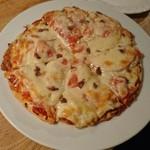 ライスンリブス - アンチョビ&トマトのピザ