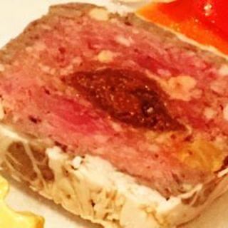 クラシックなフランス料理をカジュアルに楽しむ