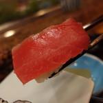 赤玉寿司 - マグロ