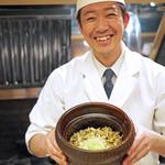 麻布十番 ふくだ - 愛知の浅利の炊き込みご飯、福田さん、今日も笑顔がよいね♪