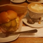 OGAWA COFFEE  - タマゴツナサンド、カプチーノ