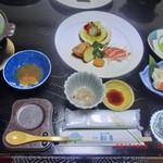 旅館 初音 - 料理写真: