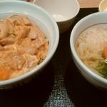 なか卯 - 親子丼とうどんセット