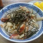 伊勢屋 - 木の葉丼(450円)