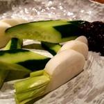 三代目 圭 - 生カブと胡瓜の野菜スティック