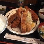 三河屋 - 三河屋(海老フライ定食+メンチカツ)