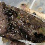 焼ジビエ 罠 - ナガスクジラは魚肉と獣肉との間くらいの味わいで、ジューシかつ甘味があって結構美味しく楽しめました!
