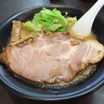 麺人佐藤 - 鶏白湯スープの醤油らー麺 650円