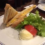 パパス カフェ - hot sandwich