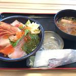 お魚いちば おかせい - 「女川丼」セット