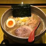 麺屋音 - 煮干しそば(醤油)(850円)