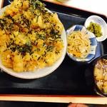 65879526 - 海鮮かきあげ丼並 950円