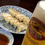 テムジン - 焼き餃子 生ビール(キリン一番搾り)