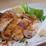 国産鶏もも肉のスパイシーオーブン焼