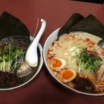 65881962 - 黒ごま担々麺と白ごま担々麺(大)