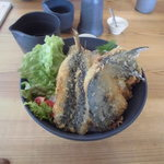 Oomurokeishokudou - 地元・伊東港の地魚フライ丼! 今日は鯖・鯵・鰯のフライでした