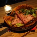 エミリアーノ - ☆肉厚のベーコンは胡椒の味わいがマッチ(*^_^*)☆