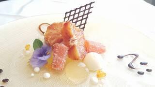 リストランテ ウミリア - 愛媛県八幡浜産ブラッドオレンジのコンポート