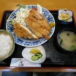 かわち - 料理写真:チキンカツ定食¥750