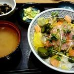 65890618 - 海鮮ばくだん丼