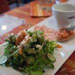 L'APE - 料理写真:L'APE (ラ アペ) 前菜 サラダ